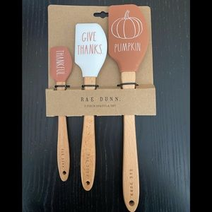 Rae Dunn fall 3 piece spatula set